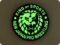新日本プロレスリング ライオンマーク高発光缶バッジ